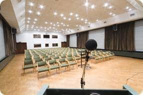 Konferenz- und Dolmetschertechnik